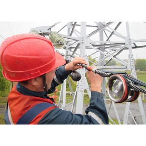 Удмуртэнерго соединило подстанции «Звездная» и «Юбилейная» оптоволоконной линией связи