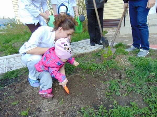 Аллею «Детства» заложили на территории Дома ребенка при ИК-35 ГУФСИН России по Кемеровской области