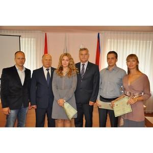 Мэр Орла поздравил выпускников школы медиаторов