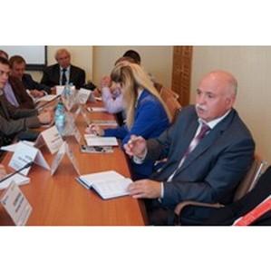 В Курскэнерго за «круглым столом» обсудили вопросы доступности энергоинфраструктуры