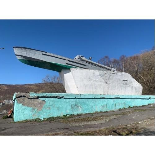 Народный фронт предложил властям помощь при обустройстве памятника