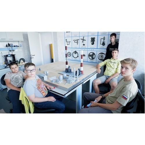 В Летней школе Фонда Андрея Мельниченко готовят инженеров будущего