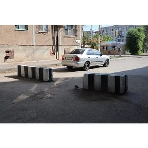 Волгоградский ОНФ добился устранения автотранзита по двору в Волжском