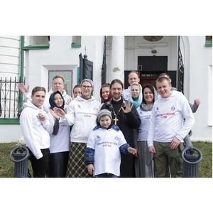 Добровольцы «Союз Маринс Групп» навели порядок в Воскресенском храме