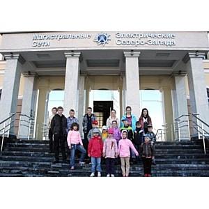 Более 70 детей посетили энергообъекты МЭС Северо-Запада