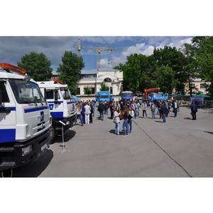 ФСК ЕЭС провела выставку спецтехники в Южно-Российском государственном политехническом университете