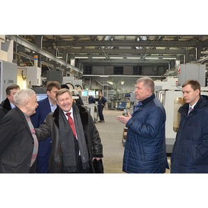 Итоги производства оптики «Швабе» представили мэру Новосибирска