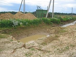Как определяется объем грунта при земляных работах?
