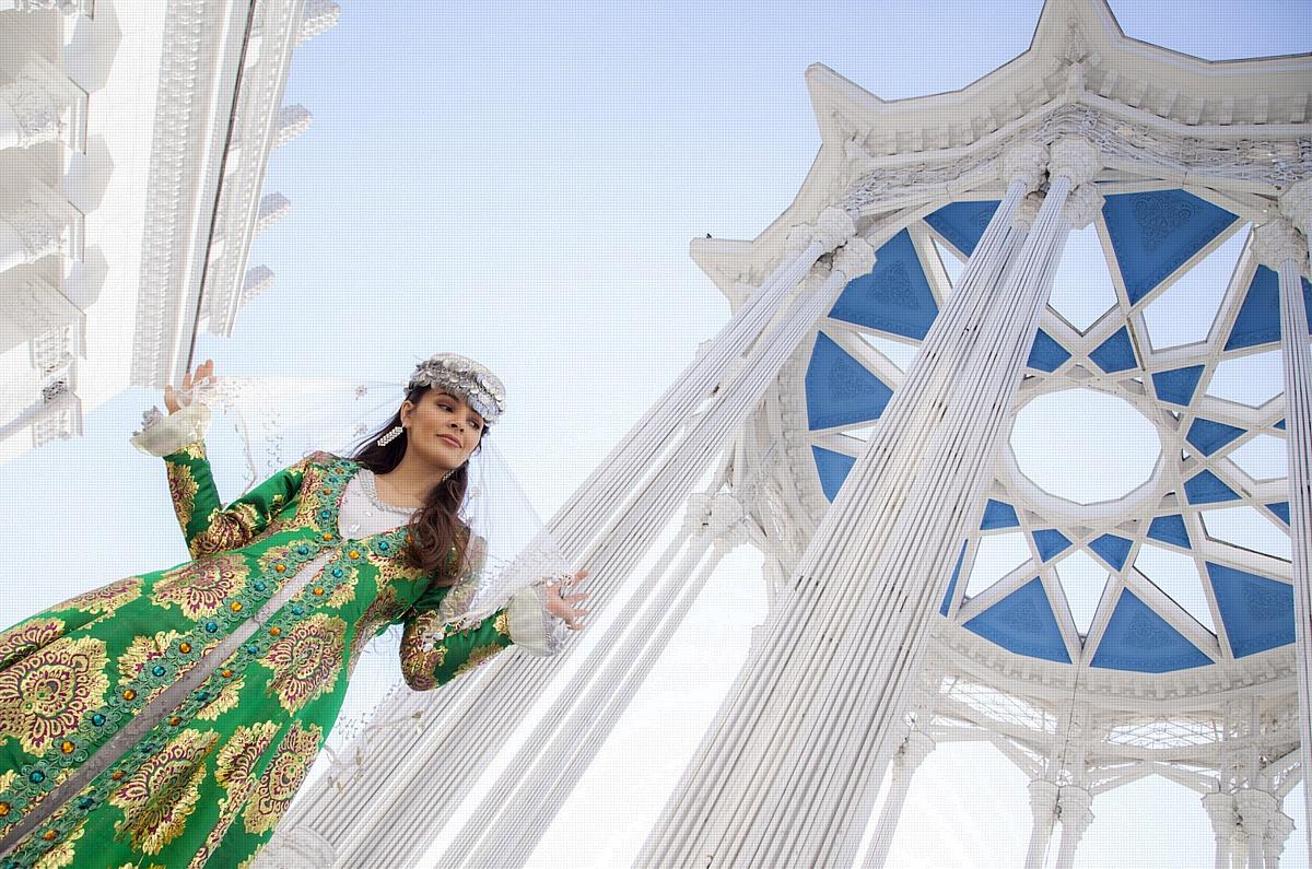 Красота по-узбекски: Зарина Кинг покорила Лондон