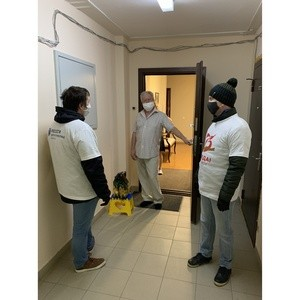 Ветераны Удмуртэнерго получают помощь от волонтеров предприятия