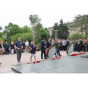 Волгоградские активисты ОНФ почтили память героев Великой Отечественной войны