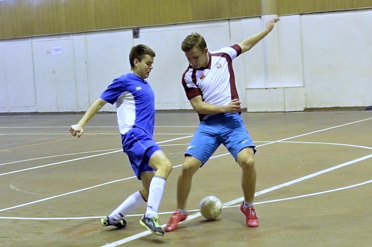Спортсмены Дзержинского филиала РАНХиГС приняли участие в городском турнире по мини-футболу