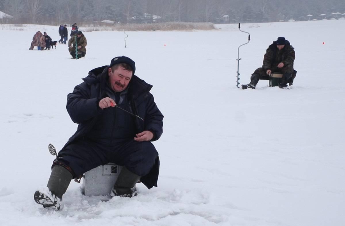 Стойленский ГОК провел соревнования по зимней рыбной ловле