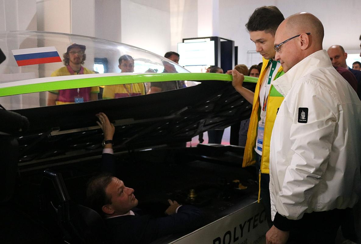 Российский солнцемобиль, разработанный студентами и аспирантами, выходит на международный уровень
