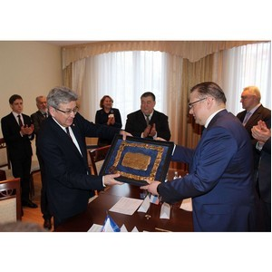 Подписан договор о сотрудничестве между УМПО и УГНТУ