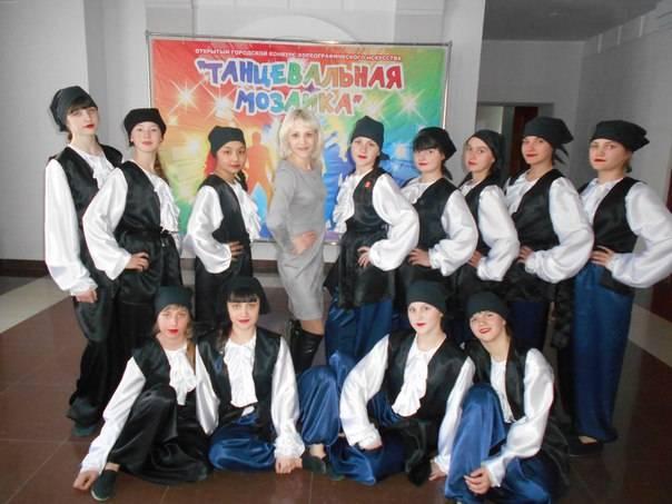 В Кузбасской колонии шьют театральные костюмы пирата и русской красавицы для учреждений культуры