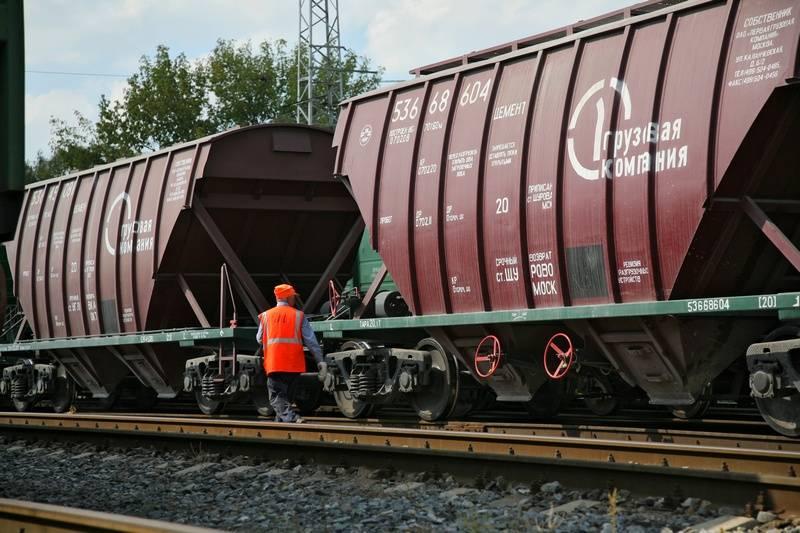 ПГК увеличила объем перевозок щебня в цементовозах на юге России