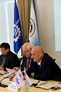 Первое заседание оборонщиков Среднего Урала