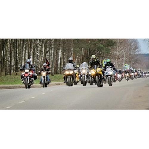 В Десногорске впервые прошли соревнования байкеров «мотоджимхана»