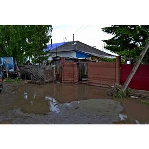 ОНФ призвал власти Бийского района обеспечить жильем пострадавшую от наводнения многодетную семью