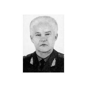 Книга Галерии  «Летчик-пограничник генерал Рохлов. Портрет на фоне границы и эпохи»