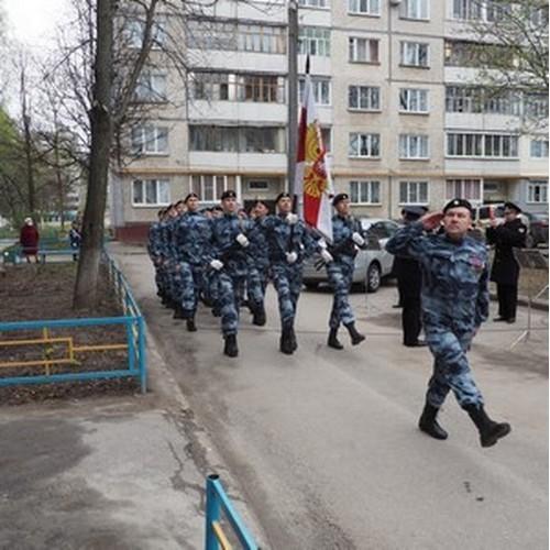 В Чувашии росгвардейцы поздравили ветеранов ВОВ с Днем Победы