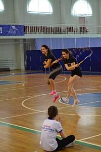 Школьные соревнования по спортивной скакалке