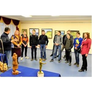 Студенты транспортного техникума посетили выставку «Кӑвак хуппи»