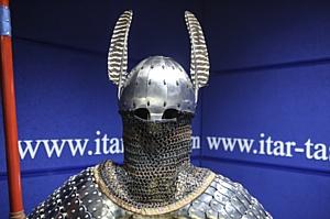 НГУ готов отправить в администрацию Президента реконструкцию доспехов древнетюркского воина