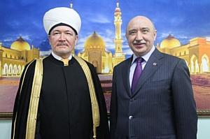 Делегация ДУМ РФ посетила Казанский университет