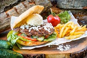 Craft Burger презентовал бургер для левшей