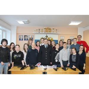 Команда «Молодежки ОНФ» в Коми побывала в подразделении Росгвардии