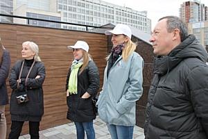 Активисты ОНФ провели экскурсию для школьников по памятным местам Челябинска