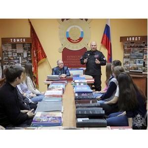 В Кузбассе командир СОБР встретился со студентами