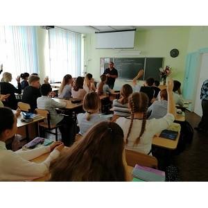 Активисты ОНФ провели акцию «Урок России» в учебных заведениях Челябинской области