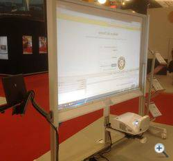 Projecta Interactive Dry-Erase Cart: две задачи, одно решение