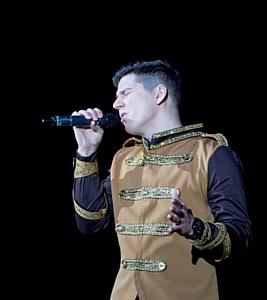 В Москве прошли премьерные показы вокально-танцевального шоу Фаталист. Герои нашего времени