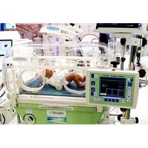 Гутенев подарил инкубатор «Швабе» новокуйбышевской больнице