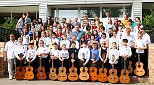 При поддержке БФ «Сафмар» в детском центре «Ровесник» проходит летняя оздоровительная кампания