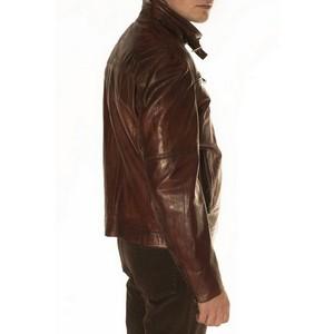 Кожаная куртка: три главных тренда сезона