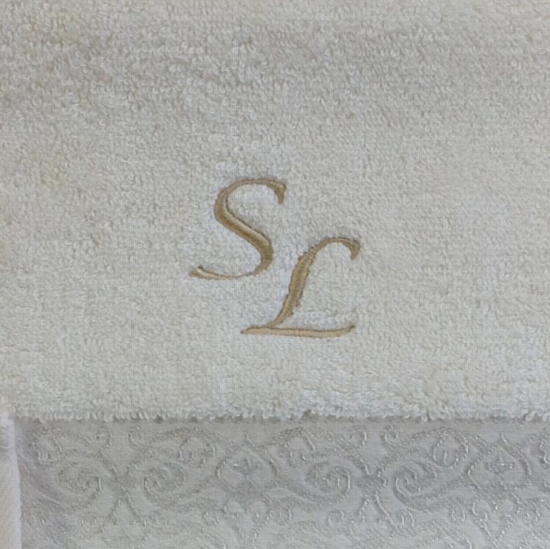 Машинная вышивка на заказ в Москве