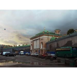 Судьба храма на Конюшенной площади оказалась в руках градозащитников