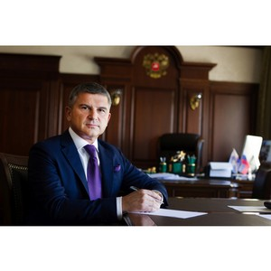 Ген. директор МРСК Центра представил министру МЧС России предложения по расширению сотрудничества
