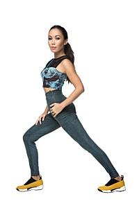 Идеальная девушка: Алёна Изунова украсила зимнюю обложку журнала Shape
