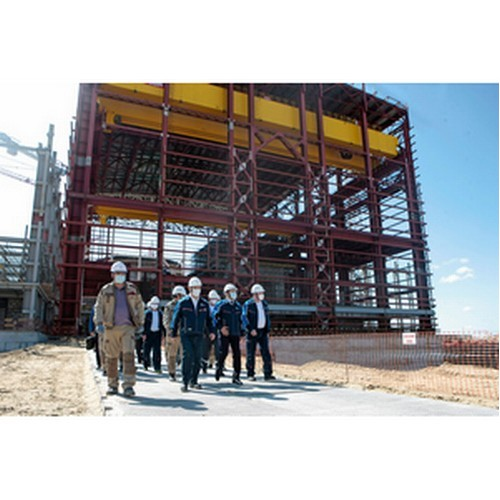 В сооружении энергоблоков на КуАЭС-2 участвуют почти 6,5 тыс.человек
