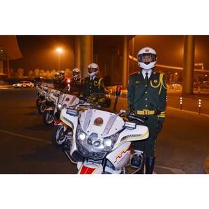 Высокопоставленных гостей на саммите АТЭС сопровождают мотоциклисты на СF650G
