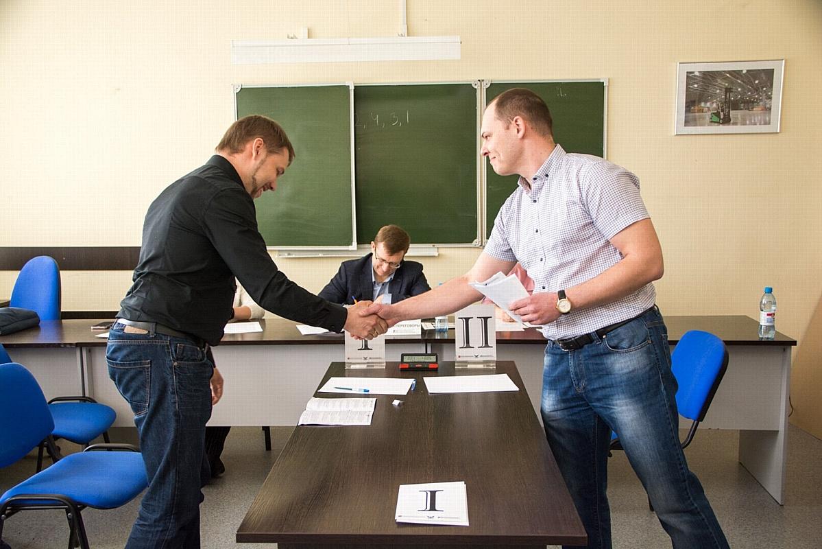 Подготовка к заводскому чемпионату по скоростным управленческим поединкам