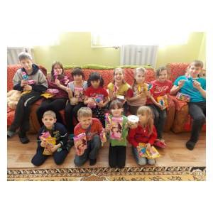 Группа Компаний «Сладкая сказка» подарила праздник 8 марта воспитанникам детских домов Подмосковья