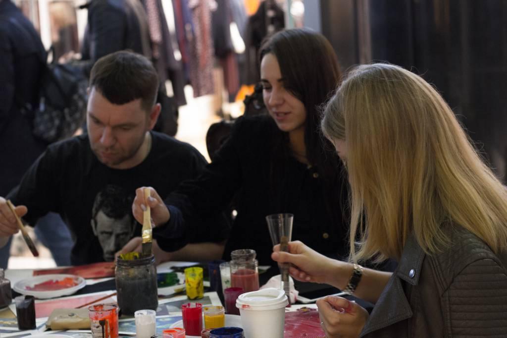 Редактор Vogue стала обладательницей сумки от бренда Ante Kovac.