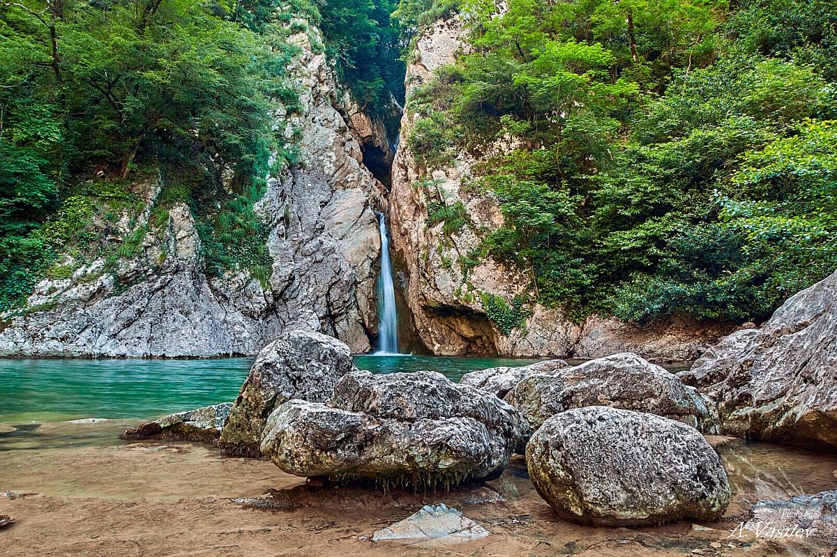 Амурские водопады в Сочинском национальном парке